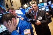 Dow Jones Average Follows Foreign Markets And Closes Lower