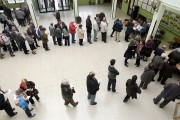 The rate of unemployment in Oregon has declined to 8.4 percent.