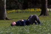 Things Highly-Successful People Do Before Sleeping
