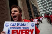 Verizon Workers Picket Ahead Of Strike Deadline