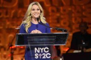 Entertainment Industry Foundation Presents Stand Up To Cancer's New York Standing Room Only Event With Donors American Airlines, Mastercard And Merck - Inside