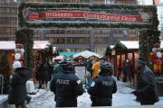 Police Increase Security At Chicago Christmas Market