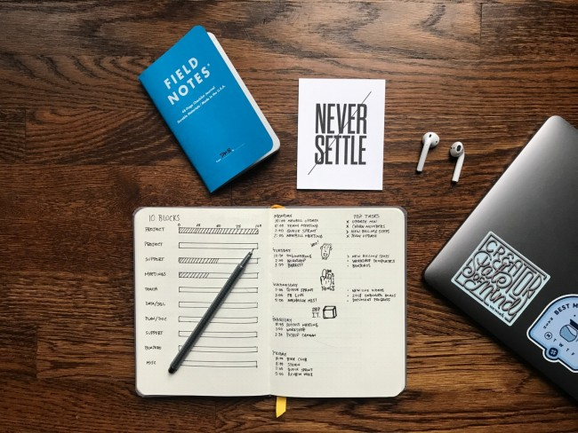3 Reasons a Paper Notebook Can Increase Work Productivity
