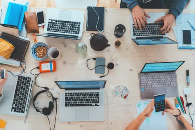 Motivating Your Social Media Marketing Team to Work for You